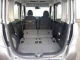 リヤシートを畳めば天井が高いので大きな荷物でも大丈夫です
