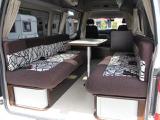 NV350キャラバン キャンピング ナッツRV キャラバンサルーン