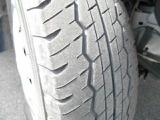 タイヤはスチールホイル+ホイルキャップとなっております。タイヤサイズは185/80R14