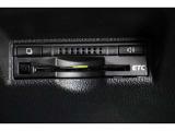 純正7インチSDナビ。CD・ワンセグTV対応です。ガイドライン付きの「後方が見える安心」バックカメラ搭載。あくまで補助の為の装備ですのでバックは目視での確認が大事ですよ!