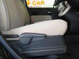 運転席シートリフター付で、ドライバーに合ったシートポジションに調整できます。