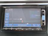 ナビゲーション付き♪CD・AM・FMが視聴可能☆使い勝手も良く、操作も簡単です!お気に入りの選曲で、通勤・ドライブを快適にどうぞ♪