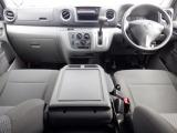 NV350キャラバン  DX 低床 ロング 4WD
