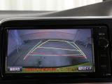 バックガイドモニター装備!駐車の際にサポートしてくれます。フルカラーでガイドラインも表示されますので、後方の視界も確保でき、安全性が向上します☆