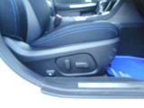 運転席、電動シート!シートポジションを細かく調整出来ます!