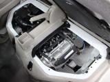 R06A型 658cc 直3 DOHCエンジン搭載、FR駆動です。