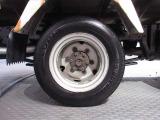 タイヤサイズはフロント175/80R15 リア 155/R13です♪