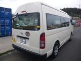 ハイエースコミューター  園児バス 4WD 4/18/1.5人
