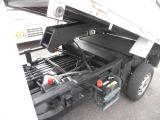 サンバートラック  ダンプ 4WD