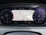 液晶式メーター「アクティブインフォディスプレイ」はナビゲーション画面も表示することが可能で、前方から大きく視線を動かすことなく視認が出来るため、安全ドライブに効果的です。