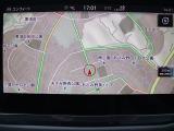 スマートフォン用のアプリ「App Connect」対応で[Apple CarPlay][Android Auto]などが利用できる純正ナビ Discover Pro を装備、CD、ラジオのほかSDカー