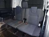 サードシートです。広々8人乗り空間☆