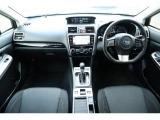 スイッチ類は運転者から操作し易い位置に配置されてます