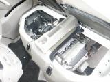 エンジンルームはプロが磨き上げてあり、キレイな状態を保っております。