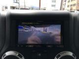 ★後方の死角をモニターで確認し、駐車をサポートするバックカメラ付き!