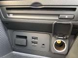 CD/DVDプレーヤー&USBポート2つ、AUX、シガーソケット