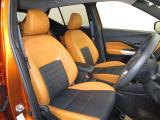 座り心地を向上させるマットスプリングタイプのシート。人間工学に基づいたシートによりドライブの疲労を軽減いたします。