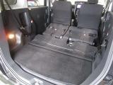 リヤシートを格納すると、広くてフラットなカーゴスペースが出現します♪