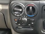 【マニュアルエアコン】ダイヤル式!マニュアルエアコンでダイヤルまわして簡単に温度調整が可能で車内も快適★