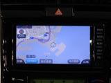 電車でお越しの方へ、JR「東神奈川駅」・京浜急行「仲木戸駅」下車、徒歩10分です。イオン側(西側)へ歩いていただき、国道1号線「西神奈川」交差点を左折しておよそ300mの右手になります。ご来店お待ちしてます。