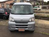 いらっしゃいませ。京都ダイハツの車両をご覧頂きありがとうございます。お車に関して、事前にお電話かメールでお問い合わせ下さい。ご来店の際にご応対がスムーズになります。