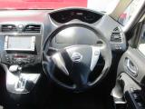 日産 セレナ 2.0 ハイウェイスター J パッケージ 4WD