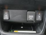 座面と・背もたれにシートヒーターを内蔵、身体を直接温めることができます。