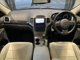 ジープ・グランドチェロキー ラレード 4WD