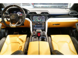 ウルス 4.0 4WD B&O 純正22AW 新車保証付ディーラー車