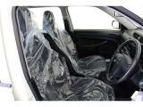 シンプルで座り心地のいい運転席、長距離ドライブもバッチリです。