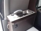 シンク装備!給排水タンク容量は各5リッターとなります☆