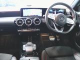 Aクラスセダン A250セダン 4マチック AMGライン 4WD 4マチック AMGライン 4WD