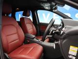 Bクラス B250 4マティック スポーツ エディション レッド 4WD