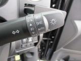 こちらも人気のオートライトです!スイッチ操作をしなくてもライトが点灯、消灯をしてくれますので点け忘れもありません。