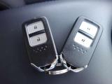 便利なスマートキー!カバンの中に入れていても鍵の開け閉めが出来ます。