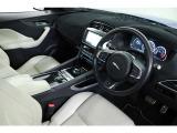 Fペイス ファースト エディション 4WD 国内50台限定 専用カラー 専用22インチAW