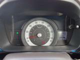 シンプルなスピードメーター!見ただけで沢山の情報が入ってきます。