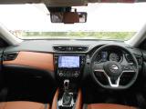 エクストレイル 2.0 20Xi レザーエディション 4WD Vセレクション 2列車 4WD