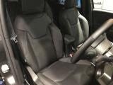 こちらのグレードにはフロントシートヒーターやハンドルヒーターを標準搭載しております!冬場のドライブも快適です☆