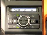 """車内空調は""""AUTOエアコン""""にお任せ。運転に集中出来ますよ!"""