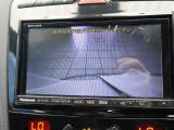 ●バックカメラ:不安な駐車もこれで安心!