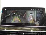全周囲3D&トップ&サイド&リアビューカメラと前後障害物センサー(PDC)装備、さらにパーキングアシストや後退アシスト付きなので、駐車をサポート