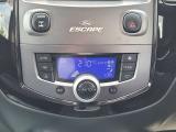 エアコンはオートエアコンです。1年中快適にドライブできます。