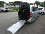 ノア 2.0 X Lセレクション ウェルキャブ スロープタイプII サードシート付 4WD