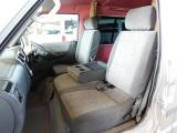 フロントシートのみの3名乗車