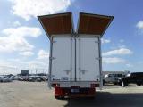 機密性の高い箱に荷物が囲われている為、外部からの影響を受けにくい。