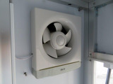 キッチンカーの必須装備!換気扇も装備しています!!