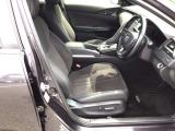 セパレートのフロント運転席は、パワーシートです。