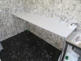 作業台は広く調理機材の設置も可能です!!