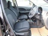 『インテリジェントキ-』機械的な鍵を使用せずに車両のドアの施錠/解錠、エンジン始動が可能なシステムです!